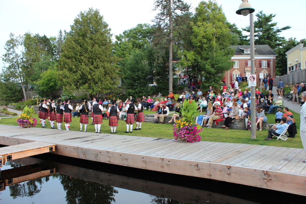 Concert on the Dock: Cameron of Lochiel Pipes and Drums